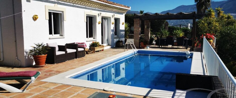 Detached Villa in Viñuela – Ref: XL3231