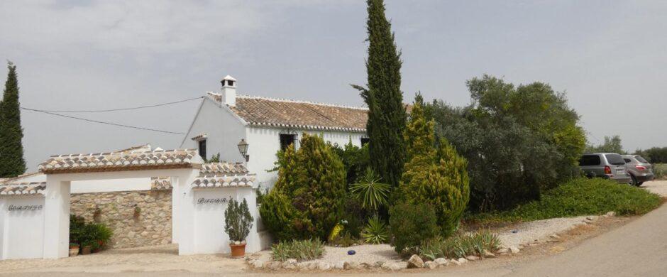 Country House, Home and Income, Business, Detached Villa in Villanueva del Trabuco – Ref: XL3490